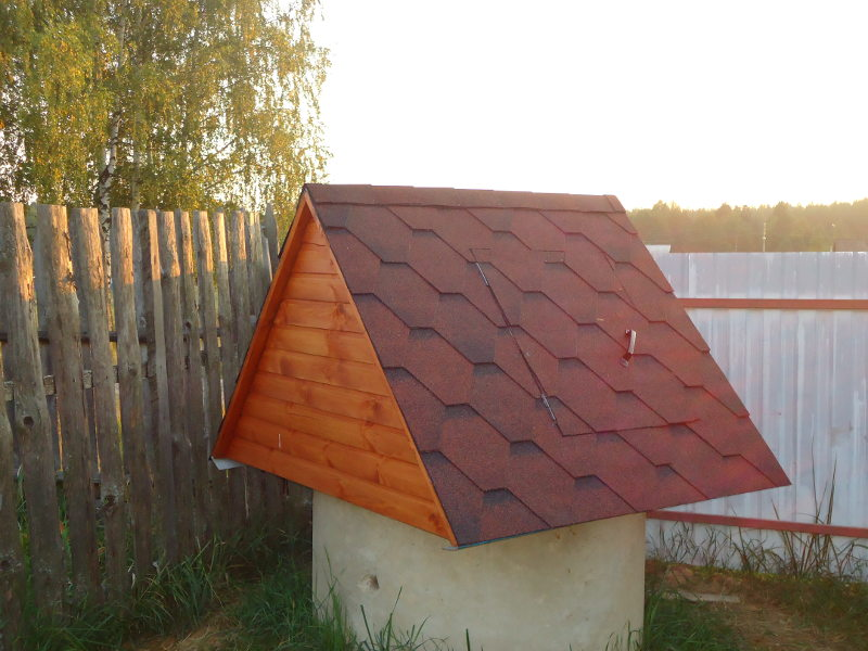 домик дляколодца готов