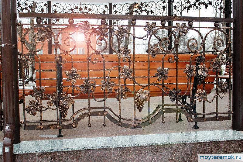 художественная ограда
