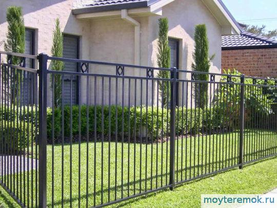 кованый забор простой