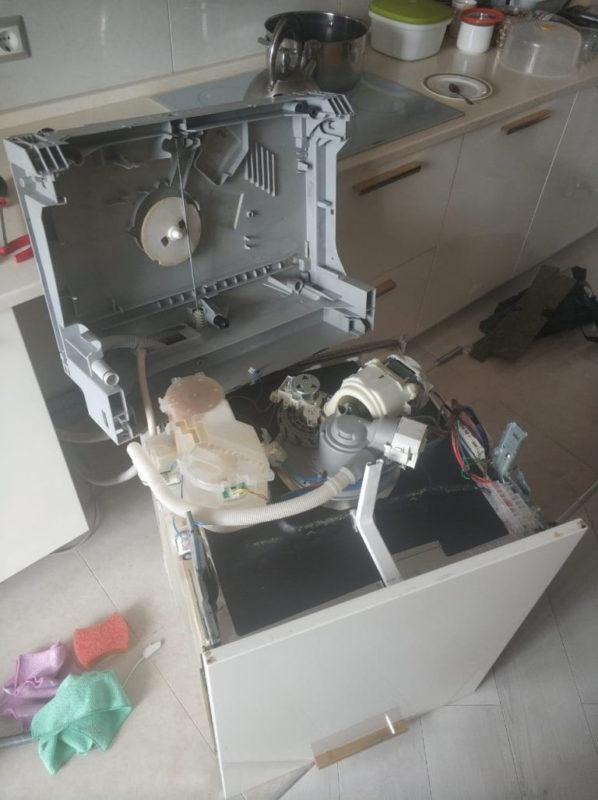 замена обратного клапана посудомоечной машины